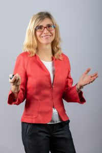 Profil Dr. Laura Lazar